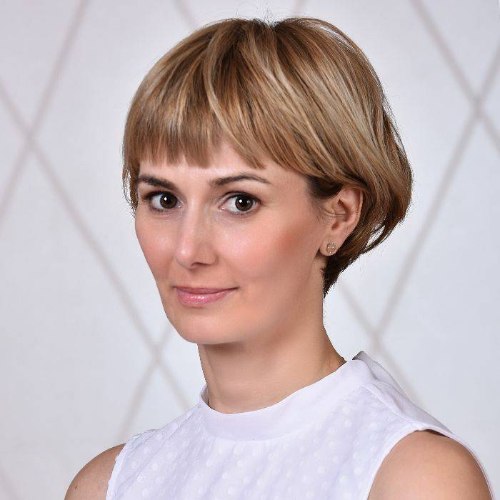 Dr Zsuzsanna Tóth